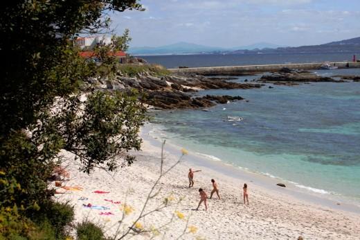 Una playa en la isla de Ons.