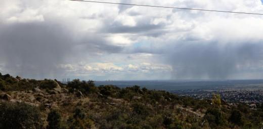 Lluvia en Madrid vista desde Torrelodones.