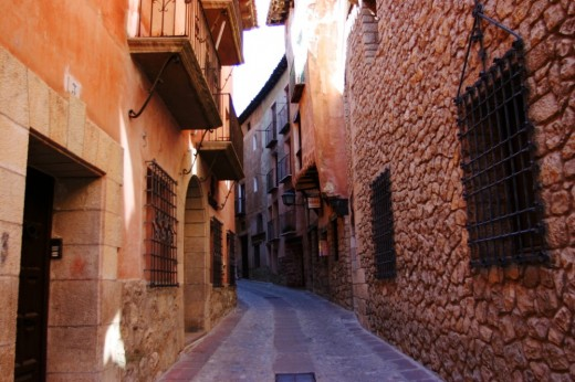 Callejón del casco antiguo de Albarracín.