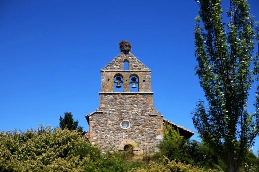 Campanario de la iglesia Nuestra Señora del Rosario en Riaño.