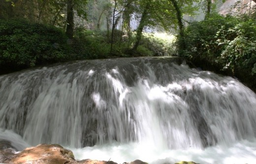 Suave cascada de seda. (Monasterio de Piedra).