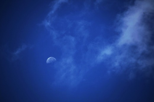 Luna a pleno Sol.