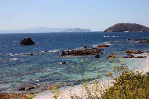 Islas Ons, un paraíso natural frente a las costas gallegas.