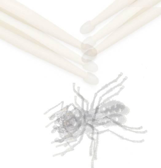 (Fig-8) Hormiga y baquetas superpuestas con transparecia.